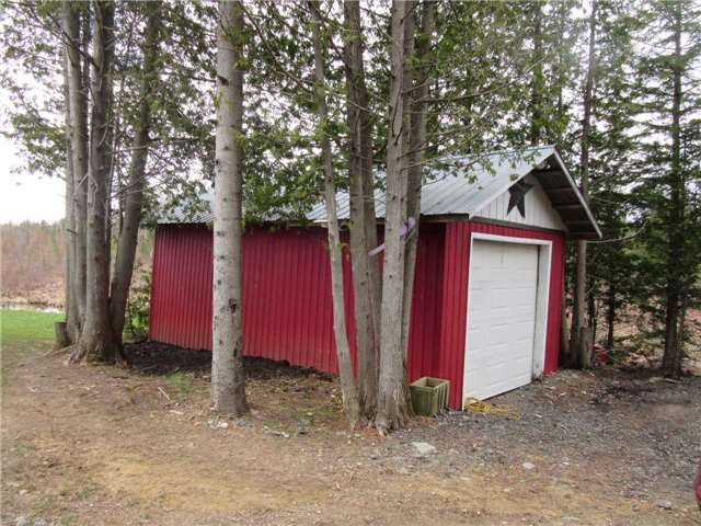 Detached at 133472 Wilcox Lake Rd, Grey Highlands, Ontario. Image 16