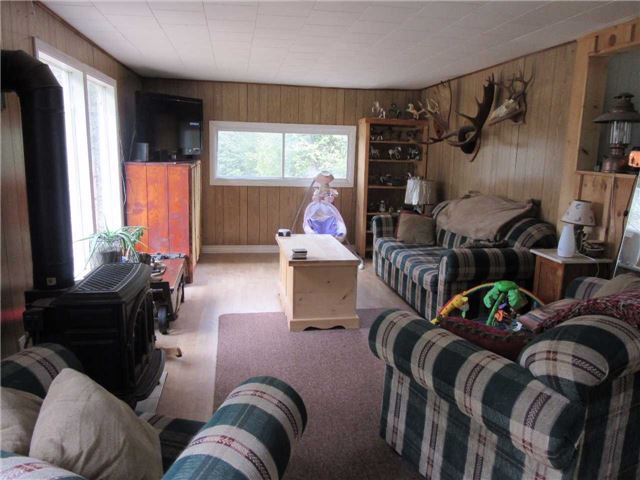 Detached at 133472 Wilcox Lake Rd, Grey Highlands, Ontario. Image 2