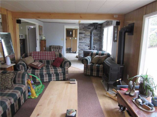 Detached at 133472 Wilcox Lake Rd, Grey Highlands, Ontario. Image 3