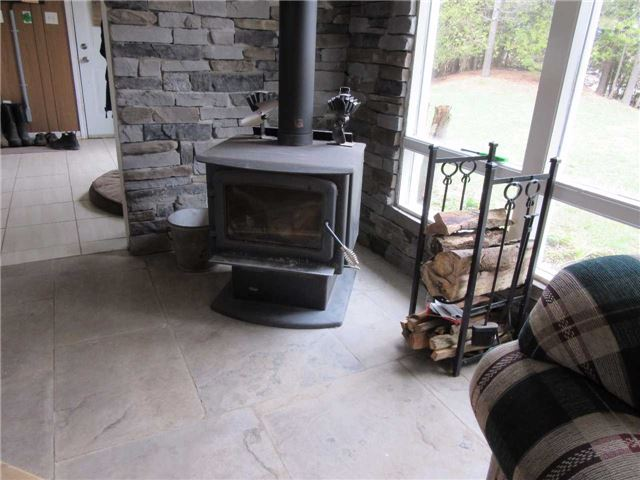 Detached at 133472 Wilcox Lake Rd, Grey Highlands, Ontario. Image 5
