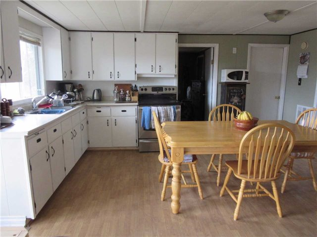 Detached at 133472 Wilcox Lake Rd, Grey Highlands, Ontario. Image 6