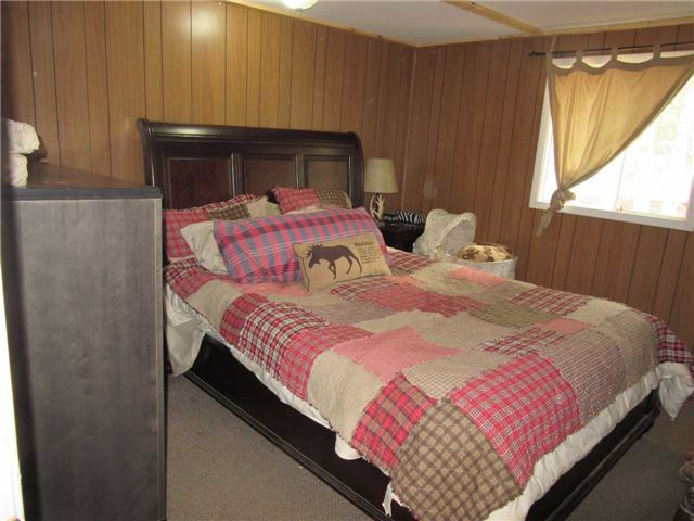 Detached at 133472 Wilcox Lake Rd, Grey Highlands, Ontario. Image 8