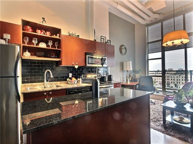 Condo Apartment at 410 King St W, Unit 502, Kitchener, Ontario. Image 12