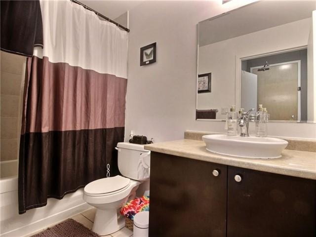Condo Apartment at 410 King St W, Unit 502, Kitchener, Ontario. Image 3