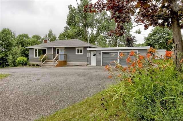 Detached at 8952 Wellington Road 22 Rd, Erin, Ontario. Image 1