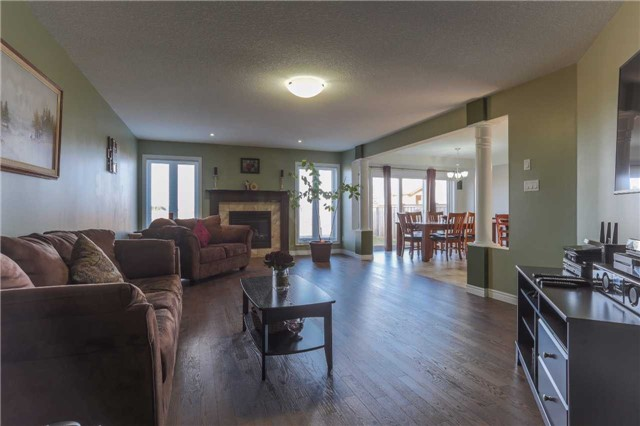 Detached at 140 Taylor Dr, East Luther Grand Valley, Ontario. Image 5