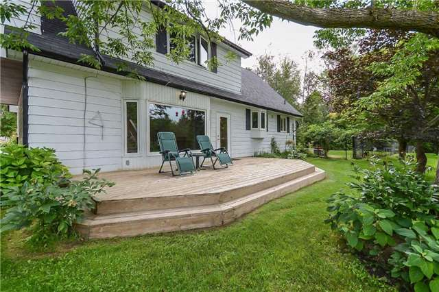 Detached at 5618 Fourth Line, Erin, Ontario. Image 4
