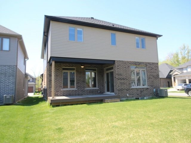 Detached at 762 Rollingacres Pl, London, Ontario. Image 13