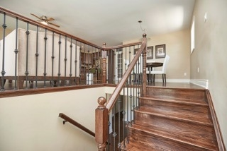 Detached at 11 Oakwood Ave, St. Catharines, Ontario. Image 13