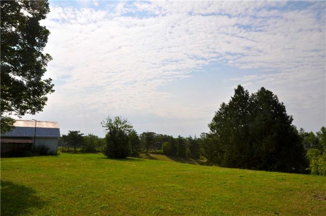 Detached at 743123 Dawson Point Rd, Harris, Ontario. Image 4