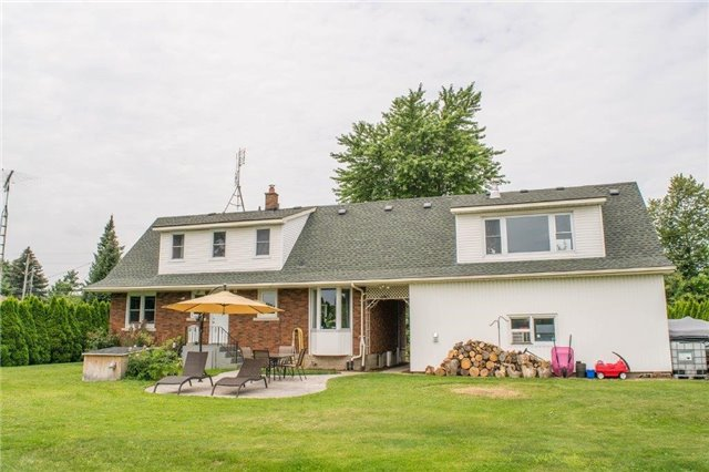Detached at 1490 Gregory Rd, St. Catharines, Ontario. Image 13