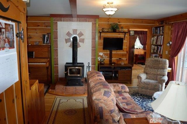Cottage at 114 Addington Road 8, Addington Highlands, Ontario. Image 11