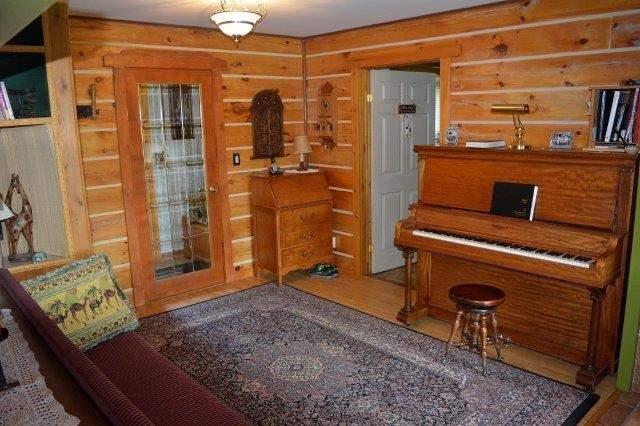 Cottage at 114 Addington Road 8, Addington Highlands, Ontario. Image 14