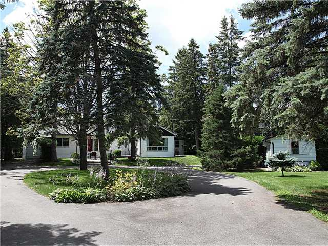 Detached at 209 Angeline St N, Kawartha Lakes, Ontario. Image 12