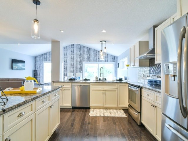 Detached at 193 Couling Cres, Guelph, Ontario. Image 17
