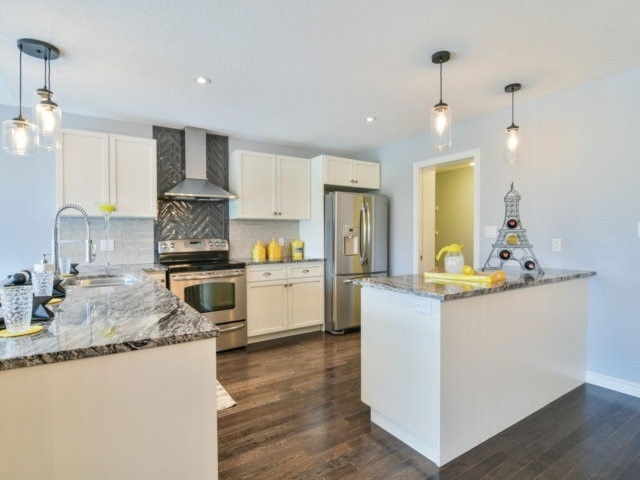 Detached at 193 Couling Cres, Guelph, Ontario. Image 18