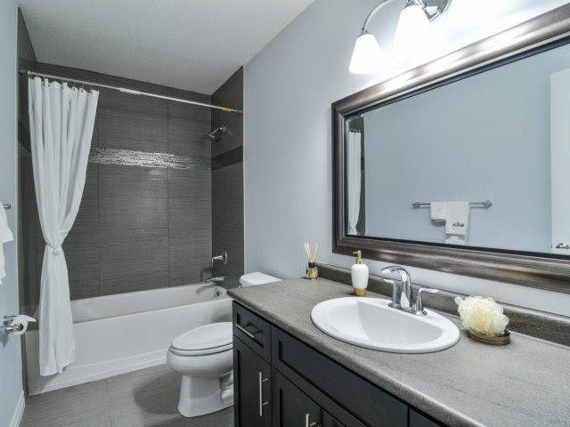 Detached at 193 Couling Cres, Guelph, Ontario. Image 7