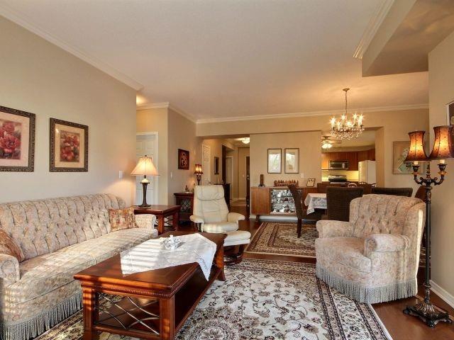Condo Apartment at 3000 Creekside Dr, Unit 201, Hamilton, Ontario. Image 16