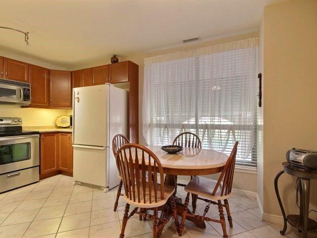 Condo Apartment at 3000 Creekside Dr, Unit 201, Hamilton, Ontario. Image 19