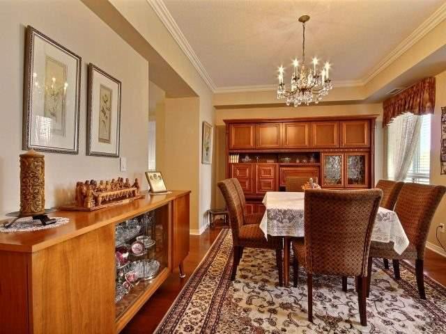 Condo Apartment at 3000 Creekside Dr, Unit 201, Hamilton, Ontario. Image 4