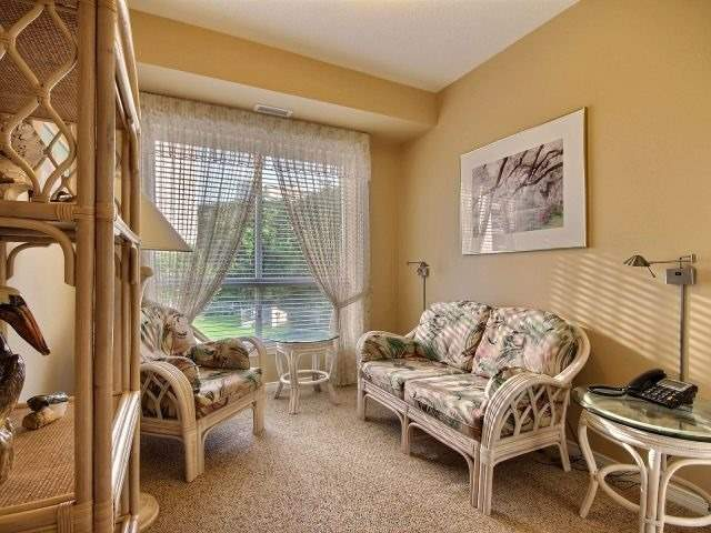 Condo Apartment at 3000 Creekside Dr, Unit 201, Hamilton, Ontario. Image 6
