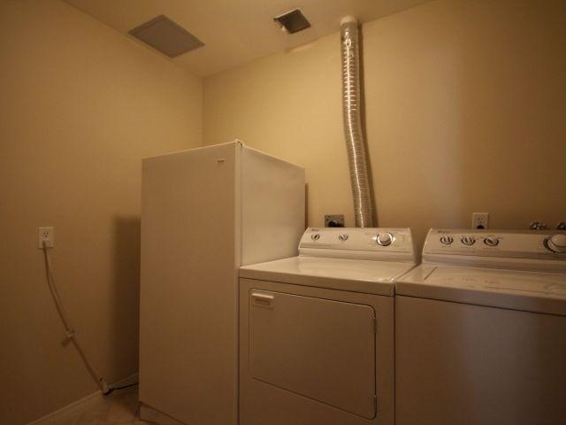 Condo Apartment at 3000 Creekside Dr, Unit 201, Hamilton, Ontario. Image 11