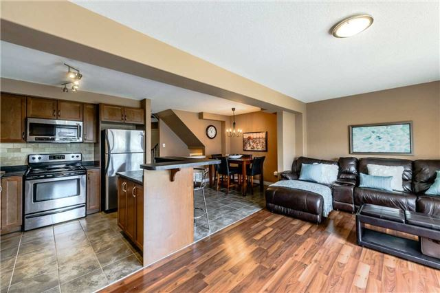 Townhouse at 4470 Comfort Cres, Lincoln, Ontario. Image 17