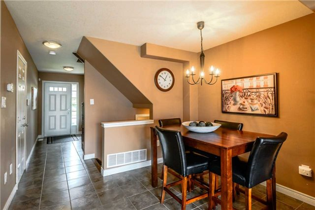 Townhouse at 4470 Comfort Cres, Lincoln, Ontario. Image 20