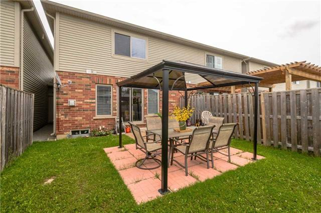 Townhouse at 4470 Comfort Cres, Lincoln, Ontario. Image 10