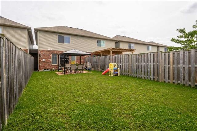 Townhouse at 4470 Comfort Cres, Lincoln, Ontario. Image 13