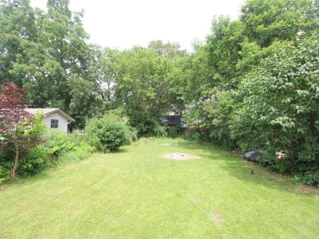 Detached at 954 Ormsby St, London, Ontario. Image 13