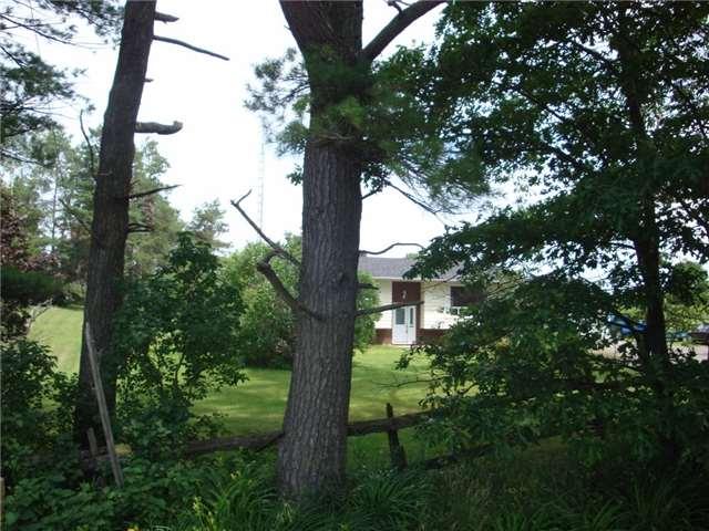 Detached at 9224 Beaver Meadow Rd, Hamilton Township, Ontario. Image 15