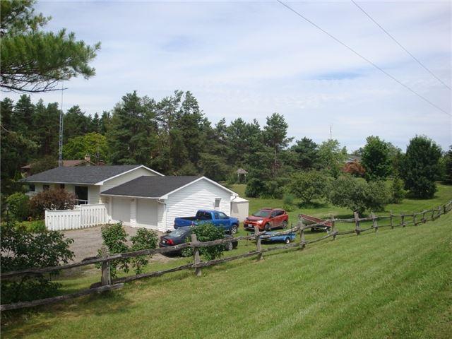 Detached at 9224 Beaver Meadow Rd, Hamilton Township, Ontario. Image 16