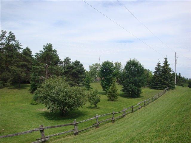 Detached at 9224 Beaver Meadow Rd, Hamilton Township, Ontario. Image 17