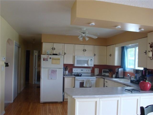 Detached at 9224 Beaver Meadow Rd, Hamilton Township, Ontario. Image 6