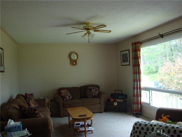 Detached at 9224 Beaver Meadow Rd, Hamilton Township, Ontario. Image 9