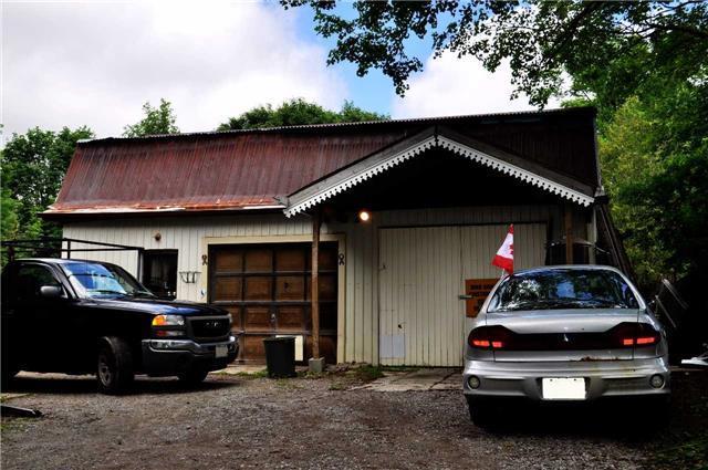 Detached at 25 Manvers Station Rd, Kawartha Lakes, Ontario. Image 6