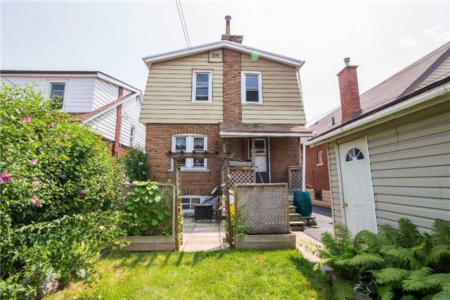 Detached at 35 Gage Ave N, Hamilton, Ontario. Image 13