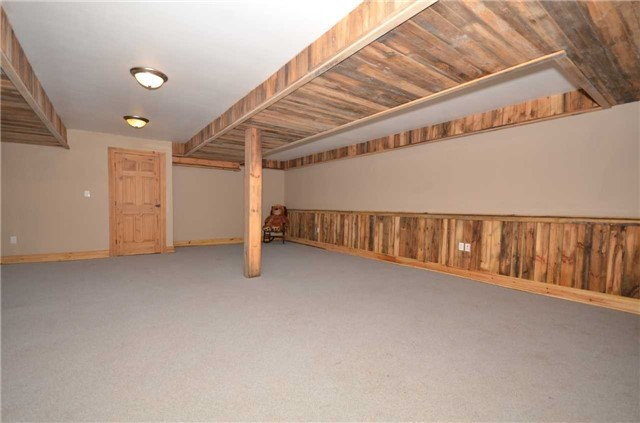Detached at 9479 Sideroad 17, Erin, Ontario. Image 13