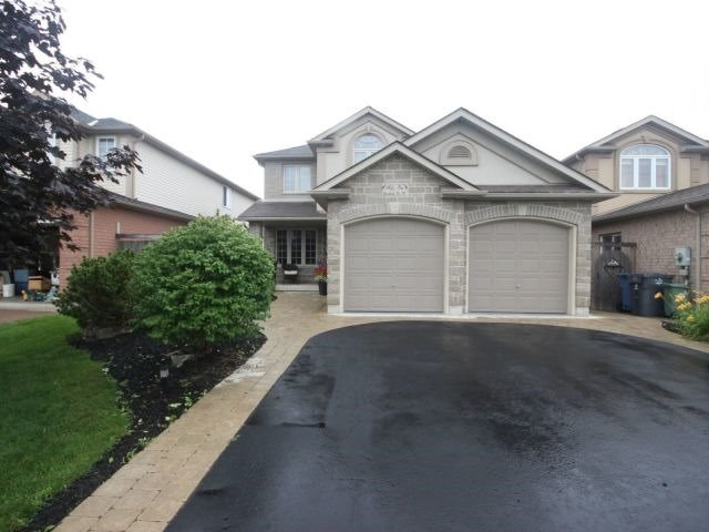 Detached at 51 Clairfields  Dr W, Guelph, Ontario. Image 1