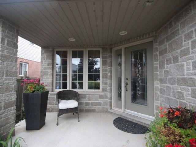 Detached at 51 Clairfields  Dr W, Guelph, Ontario. Image 14
