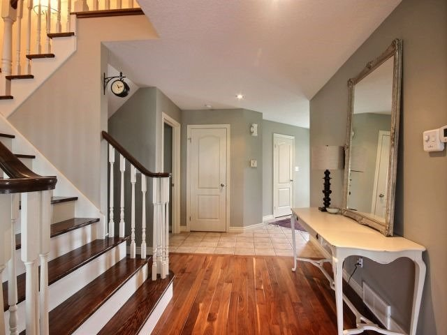 Detached at 51 Clairfields  Dr W, Guelph, Ontario. Image 15