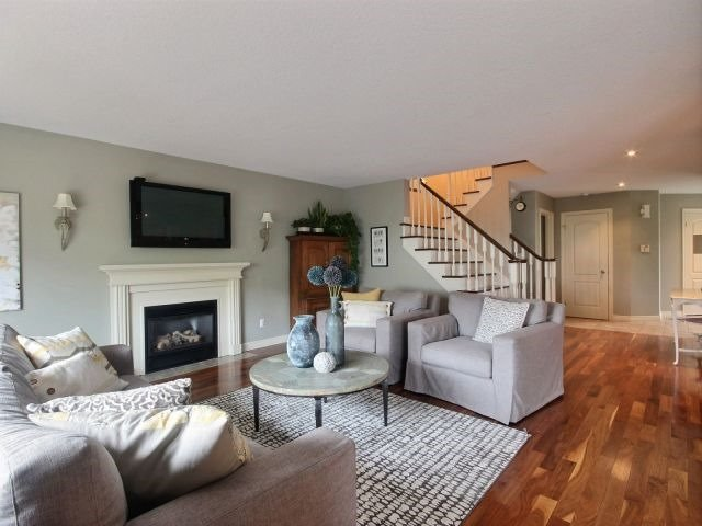 Detached at 51 Clairfields  Dr W, Guelph, Ontario. Image 17