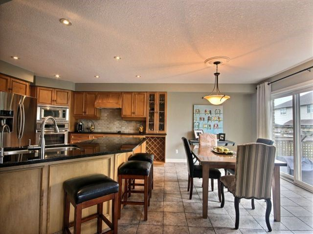 Detached at 51 Clairfields  Dr W, Guelph, Ontario. Image 19