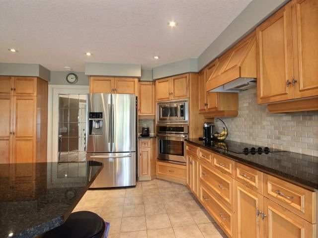 Detached at 51 Clairfields  Dr W, Guelph, Ontario. Image 3