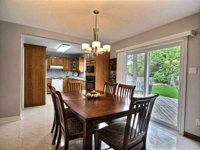 Detached at 27 Caithness Crt, London, Ontario. Image 15