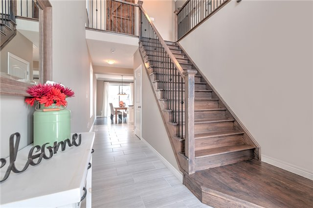 Detached at 30 Finoro Cres, Woolwich, Ontario. Image 14