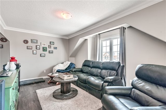 Detached at 30 Finoro Cres, Woolwich, Ontario. Image 10