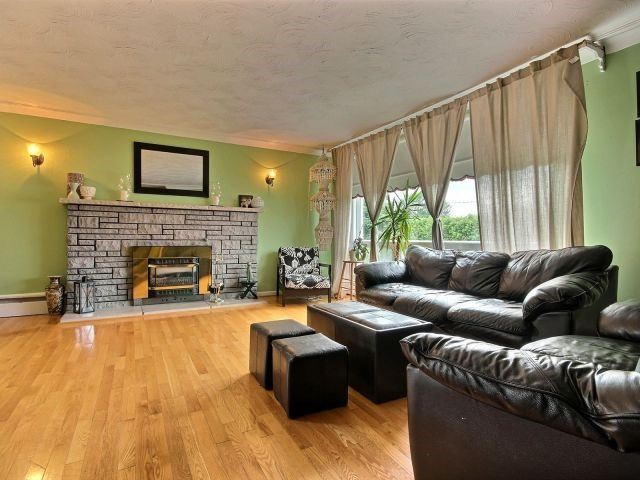 Detached at 2439 Raymond St, Clarence-Rockland, Ontario. Image 17