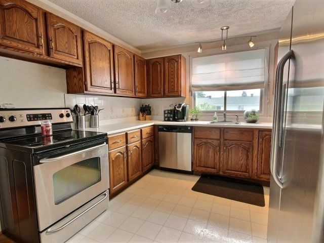 Detached at 2439 Raymond St, Clarence-Rockland, Ontario. Image 19